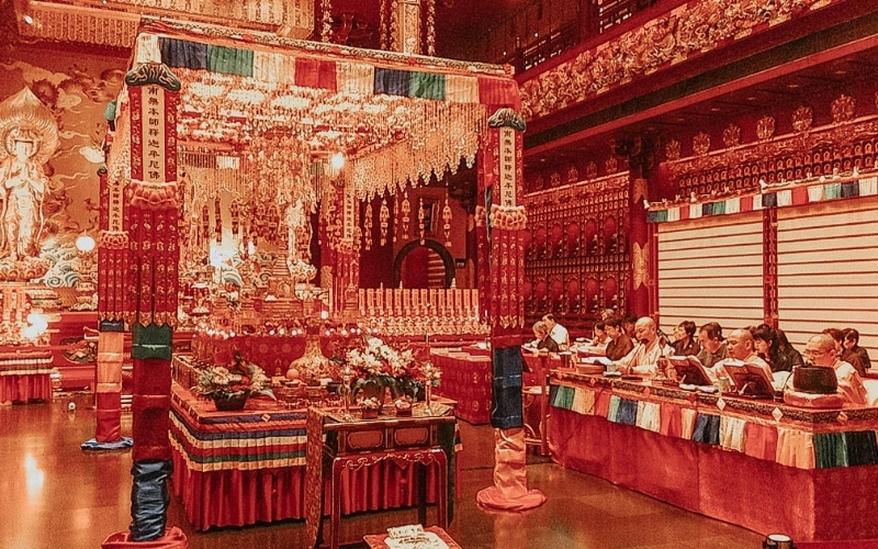 Cerimonia al Buddha Tooth Relic Temple